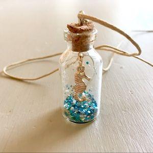Jewelry - ⭐️Seahorse Blue Sparkle Long Bottle-Globe Necklace